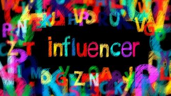 Influencer Marketing - letters 5608645 1280 - Themen-Radio